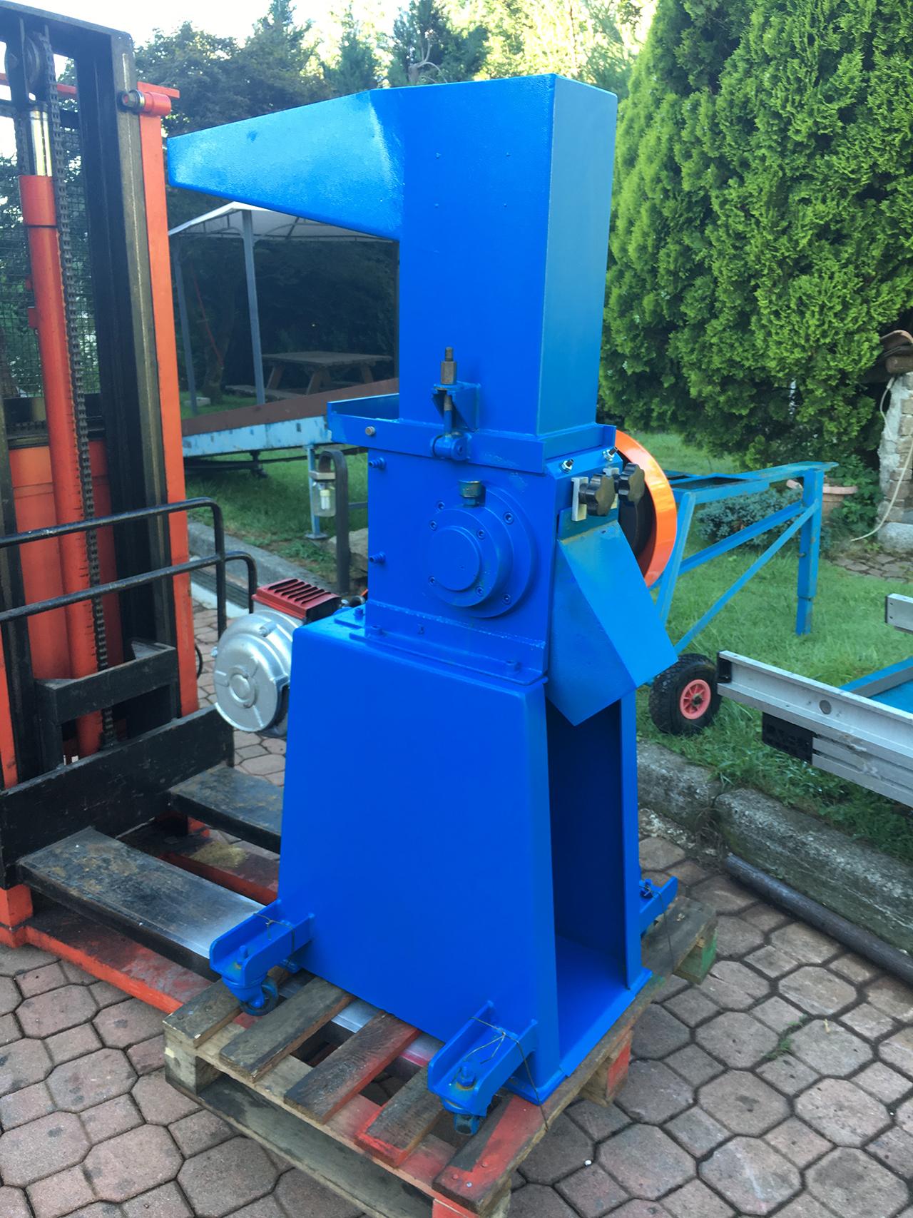 Mulino-raffinatore-4-cv-a-lame-4
